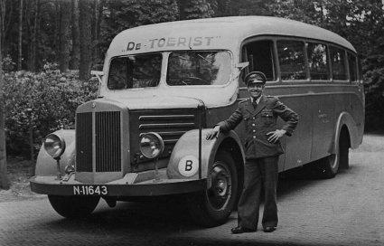 Mercedes autobus, 1947 (foto: Van Asten. Bron: RHC Eindhoven)