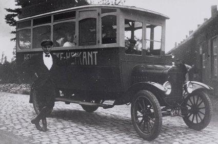 Autobus Simons, 1925.