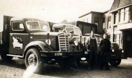 Mack en Ford (Collectie Oudedaf.nl)