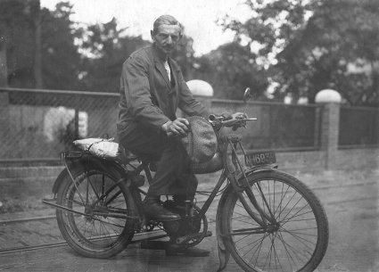 Motobecane, c. 1935 (collectie Heemkundekring Schijndel)