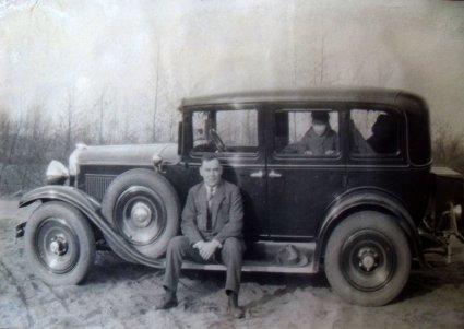 Onderweg, 1932 (originele foto: Collectie Adri Ekstijn)
