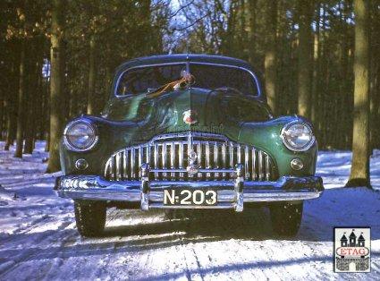 N-203 Buick in het Tilburgsche Wandelbos, 1946 (collectie ETAG)