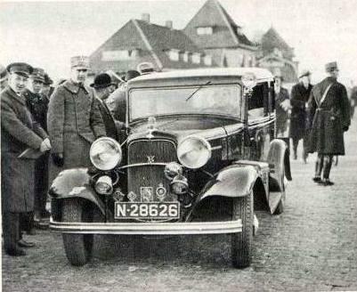 Ford (bron: Sport in Beeld 18 maart 1933)