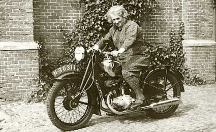 Foto: collectie Hendrik Rietbergen. Bron: www.oudzijtaart.nl