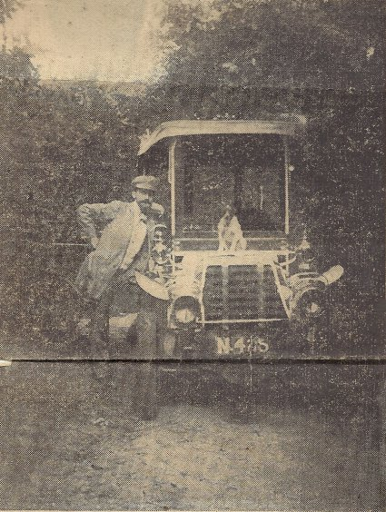 Frans Colson met zijn auto