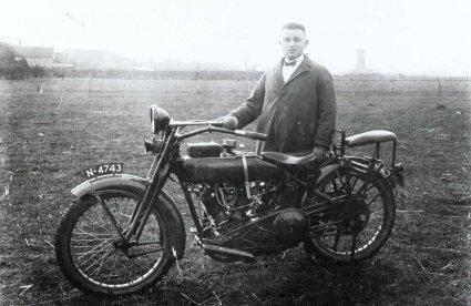Harley-Davidson, 1925 (collectie Regionaal Archief Tilburg)