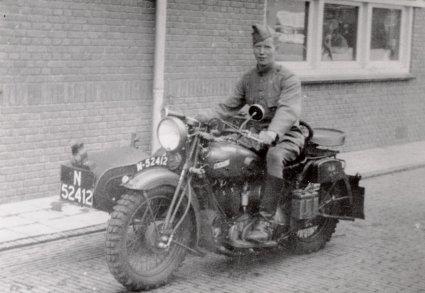 BSA G 14, 1000 cc zijklep V-twin te Breda, 1938-1939.