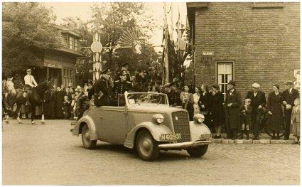 Opel (foto: Fotoatelier Prinses. Bron: collectie RHCe)