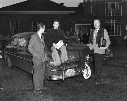 Ford Vedette, 1951 (NA, collectie Anefo)