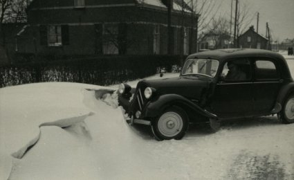 Citroën Traction Avant, 1955 (coll. BHIC)