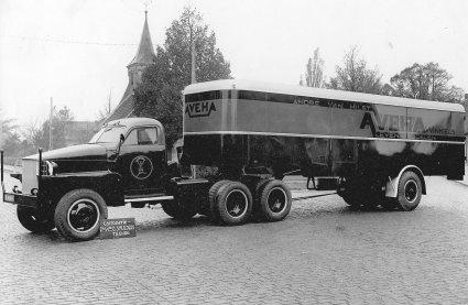 Studebaker truck met Daf-oplegger, 1946 (coll. SALHA)