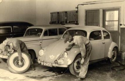Chrysler, Opel en Volkswagen (collectie P. Roosenboom)