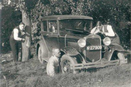 Ford (Beeldbank Heemkundewerkgroep Nuwelant)