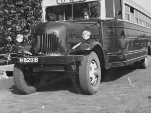 Een Amerikaanse autobus, c. 1950 (BHIC, collectie Keeris)