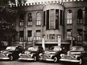 Pontiacs (foto: Van Berkel; coll. Regionaal Archief Tilburg)