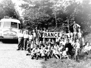 Oosterhoutse nachtegalen bij de Franse grens (originele foto: Collectie Bert Rompa)