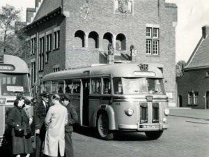 Kromhout, 1949 (collectie NCAD, Verzameling S.O. de Raadt)