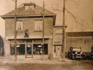 Het garagebedrijf vroeger