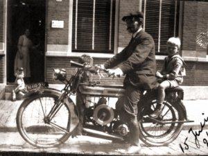 Douglas, 1921