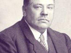 Marinus Entrop rond 1920
