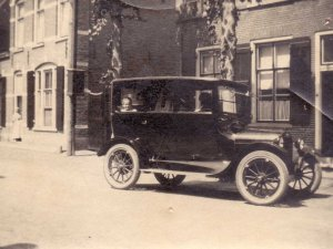 Chevrolet, c. 1920 (collectie M. van Well-Hagemeijer)