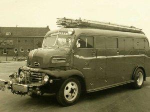 Ford, 1950 (Foto: Fotopersbureau Het Zuiden; collectie Erfgoed 's-Hertogenbosch)
