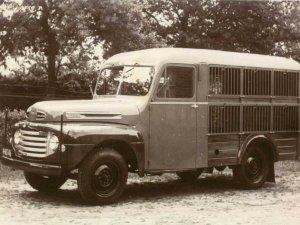Ford (coll. Hertoghs Carrosserieën)