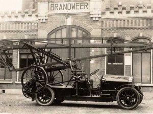Benz (collectie Regionaal Archief Tilburg)