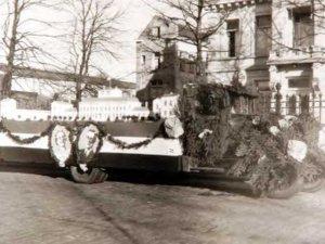 Praalwagen van de Etos, 1937 (© Philips Company Archives. Bron: RHCe)