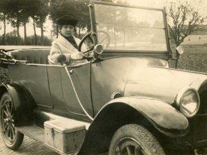 Chevrolet (Coll. Regionaal Archief Tilburg)