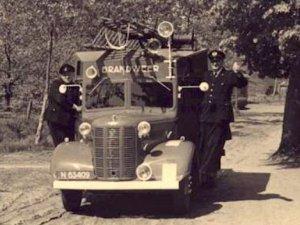Austin 'Bellewagen' (bron: www.brandweervoertuigenonline.nl)