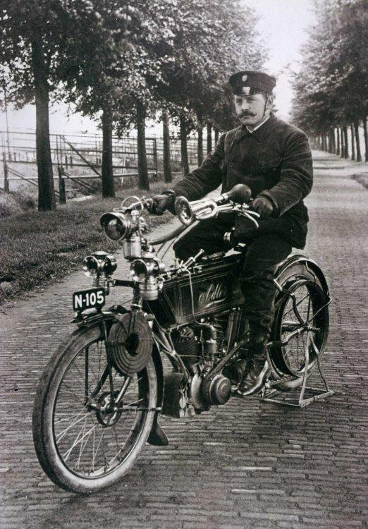 Adler motorfiets, c. 1906