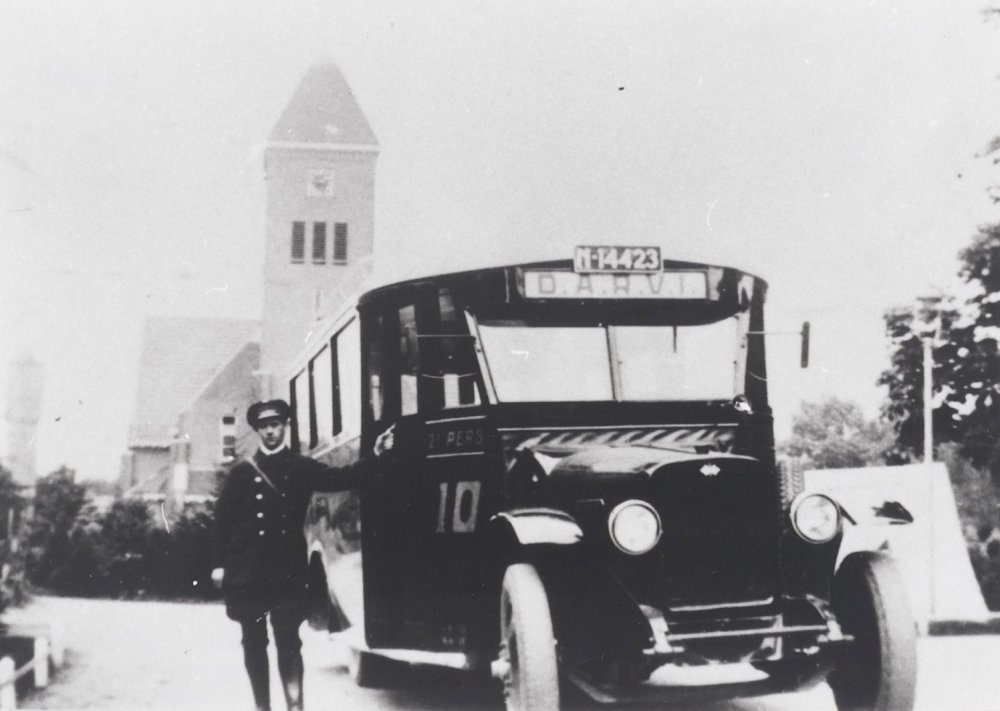 International autobus, 1930-1939 (West-Brabants Archief)