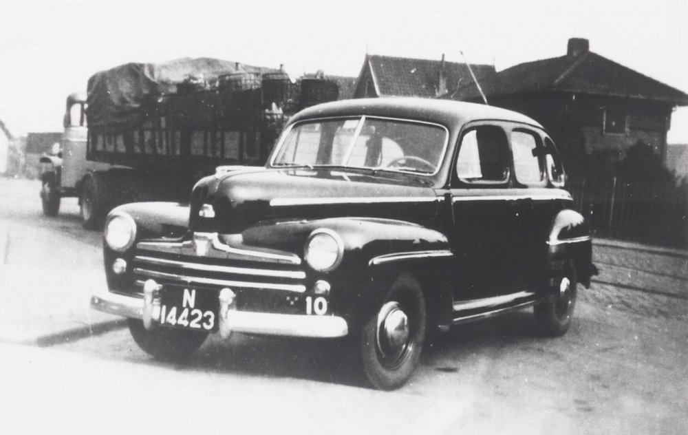 Ford taxi, 1930 (West-Brabants Archief)