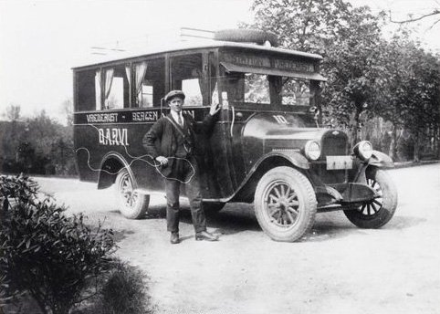 Chevrolet autobus, 1930 (collectie West-Brabants Archief)