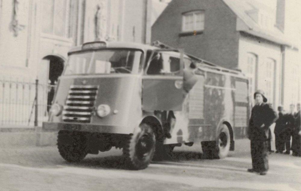 N-47273 DAF 7-streper (Gemeentearchief Gemert-Bakel)