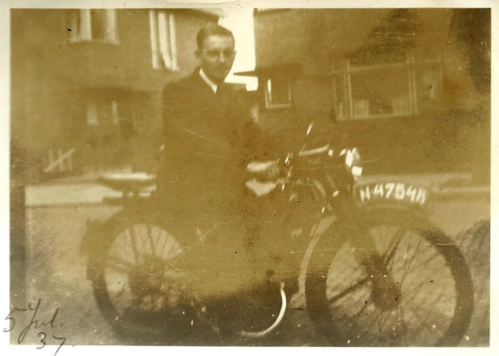 DKW of Harley Davidson? 1937 (collectie H. de Swart)
