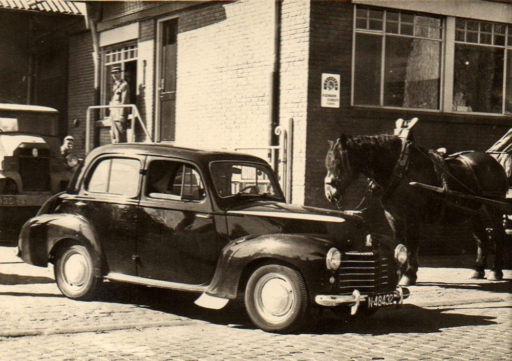 Vauxhall Velox, 1950 (Collectie M. Leyten-Schraven)