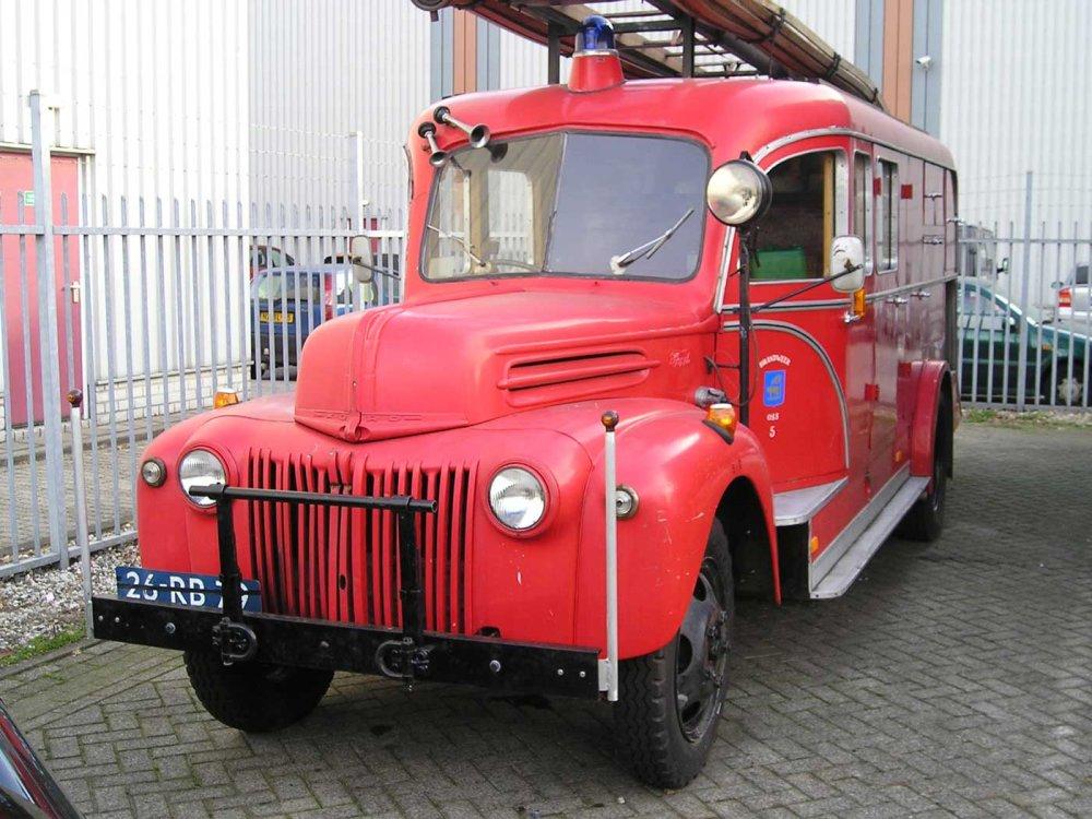 Ford brandweerwagen (collectie J. v. Haandel)