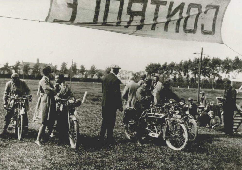 Douglas, jaren '20.