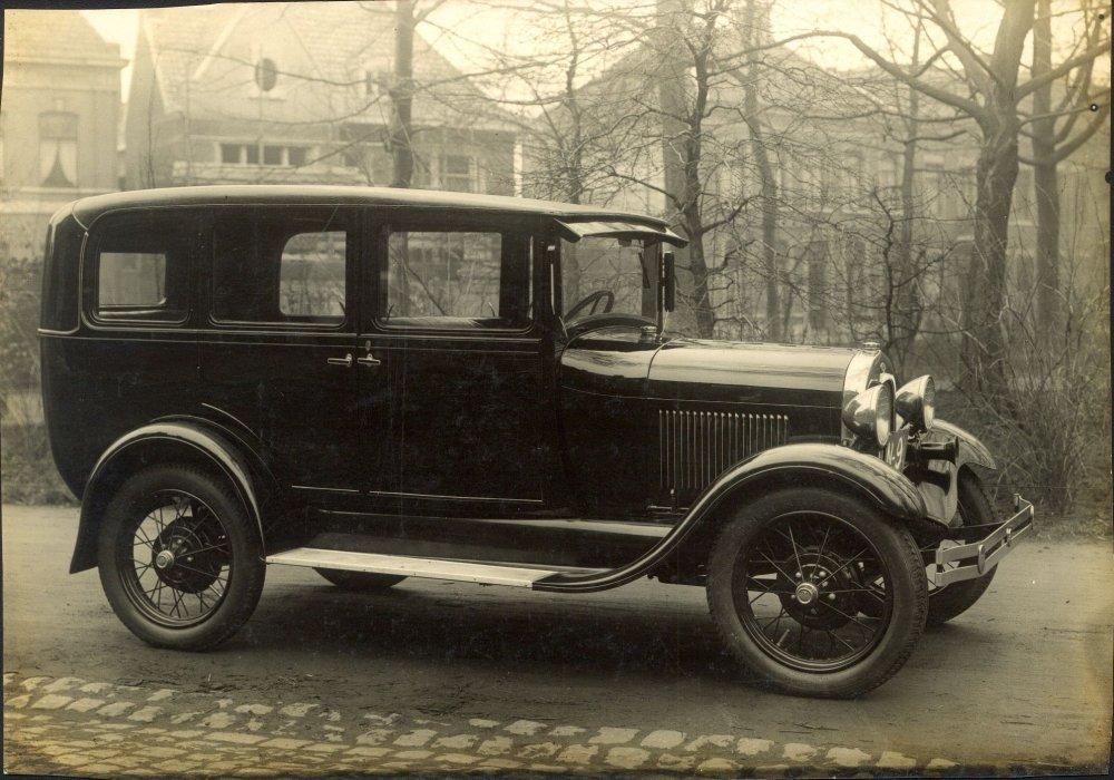 A-Ford, 1935 (www.klein-hasselt.nl)
