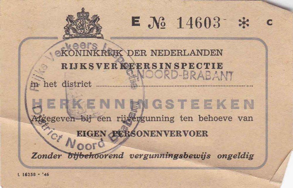 Herkenningsteken van de rijvergunning (collectie C. Vogels)