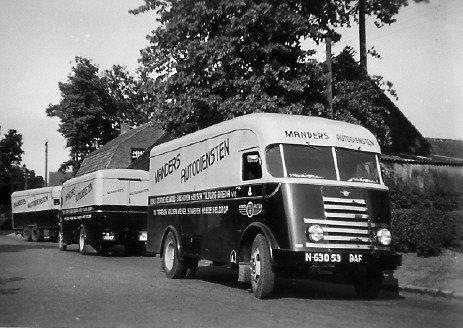 Wagen van transportbedrijf Manders (collectie: M. van Kemenade)