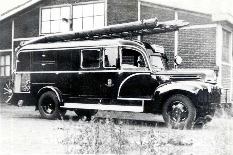 Ford V8 (collectie brandweervoertuigenonline)