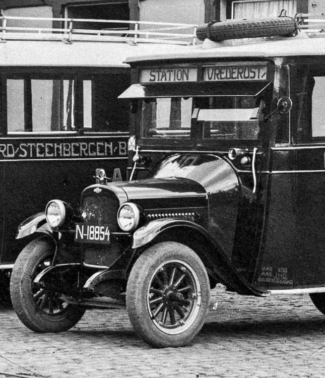 N-18854 Chevrolet (coll. Stadsarchief Breda)