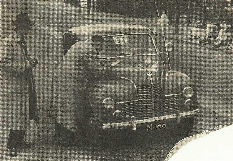 Jowett (bron: De Auto, 1951)