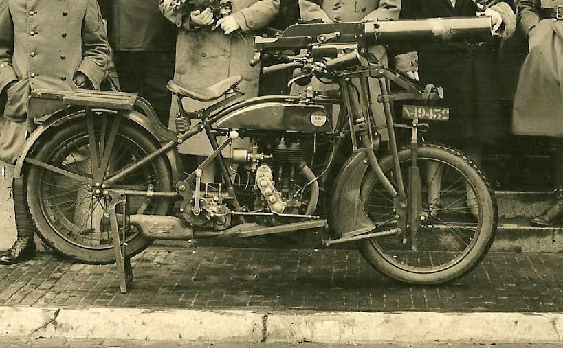 N-19432 Bron: coll. R. v.d. Brink