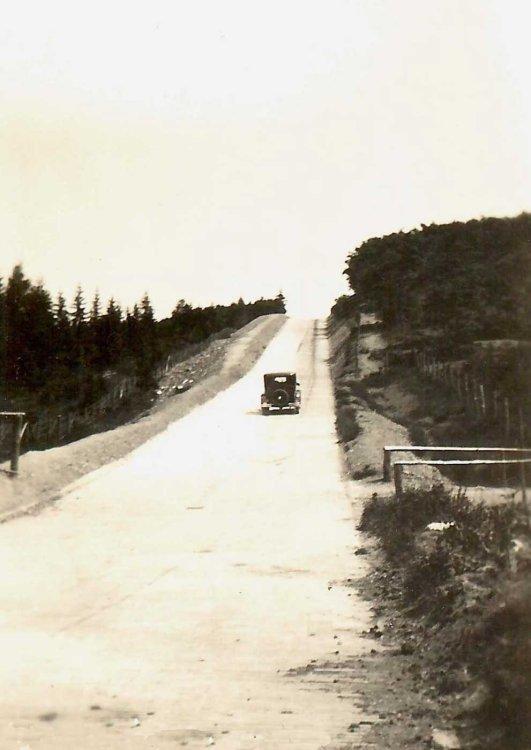 N-333 Ford op de Nürburgring, 1930 (collectie I. Ramselaar-van der Meulen)
