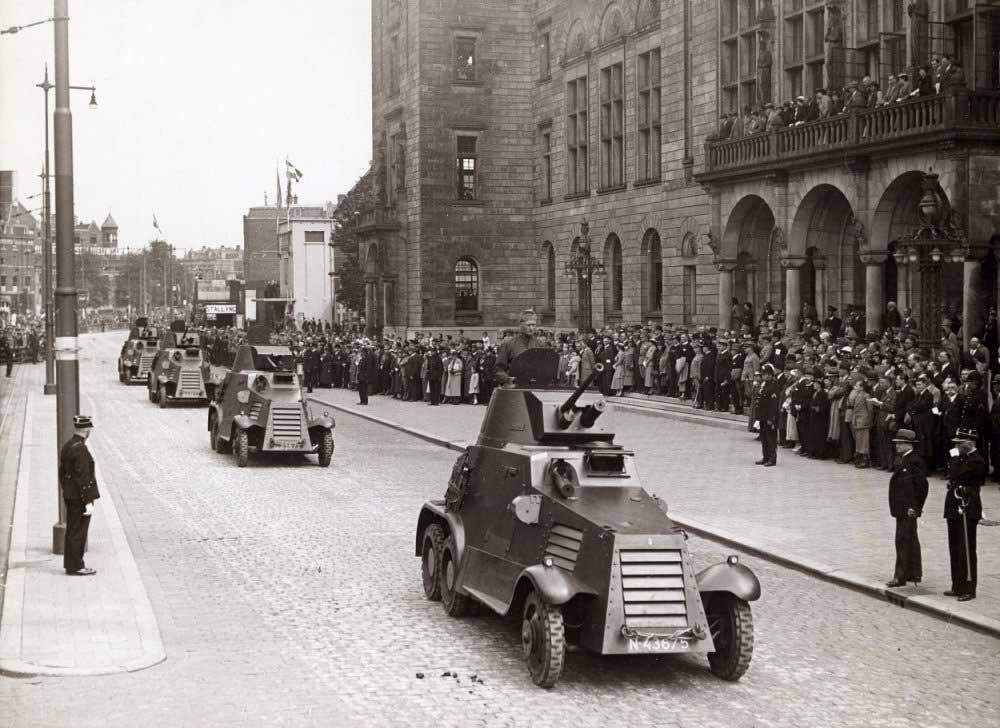 Landsverk in Rotterdam, 1936 (coll. NIMH)