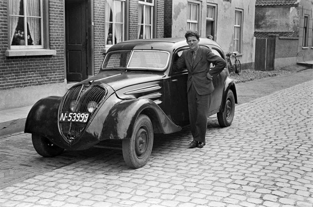 Peugeot (foto: D. Scholte. Bron: Stadsarchief Oss)